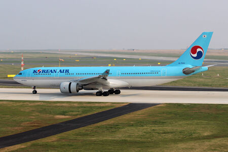 PRAGUE, CZECH REPUBLIC - MARCH 29: Korean Air Airbus A330-223 lands at PRG Airport on March 29, 2014. Korean Air is the flag carrier and the largest airline of South Korea.