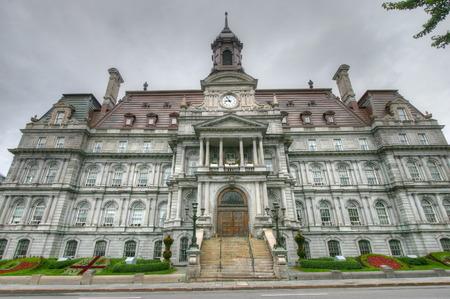 ville: Montreal Hotel de Ville building