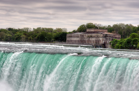 An HDR of Niagra falls with the power station in the picture Stock fotó