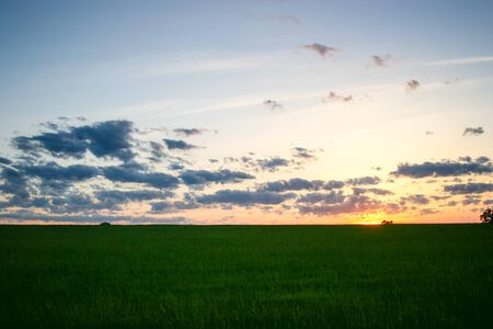 中西部春の夕日 写真素材