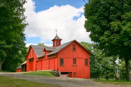 赤いマサチューセッツ国納屋