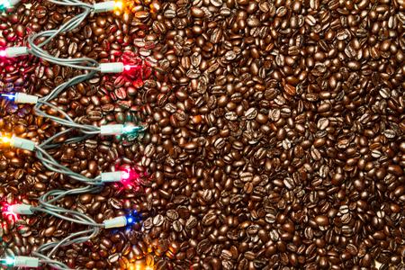 クリスマス ライト コーヒー豆の背景