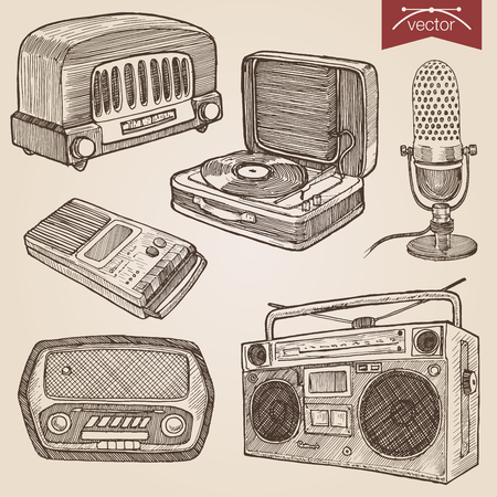 Engraving style pen pencil crosshatch hatching paper painting retro vintage vector lineart illustration music audio objects. Radio, turntable, microphone, cassette boombox, voice recorder. Ilustração