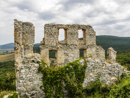 ruins: Ruins