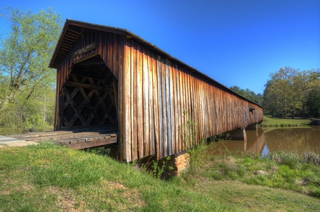 covered bridge: An historic covered bridge at Watson Mill Bridge State Park near Comer in Northeast Georgia, USA.