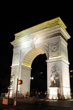 washington square arch photo