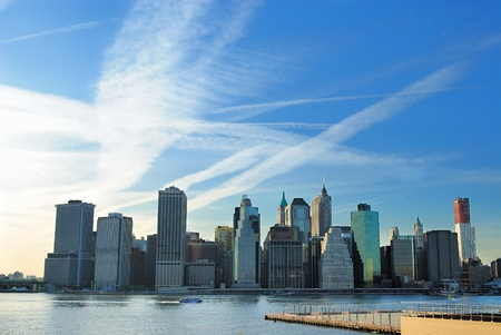rascacielos: Esc�nico urbano del centro de Manhattan