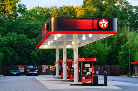 Athens, Georgia - May 14, 2011: Texaco is a major American oil retail brand created in 1901 and has now joined with Chevron. Stock Photo - 9561580