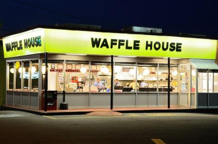 regional: Atenas, Georgia - el 1 de junio de 2011: Waffle House es un icono regional en el sur de Estados Unidos.
