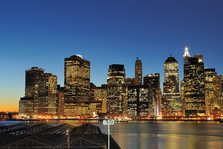 in the heights: Lower Manhattan at night from the Brooklyn Heights Promenade.