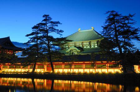 Buitenkant van Todaiji, 's werelds grootste houten gebouw en een UNESCO World Heritage Site in Nara, Japan.
