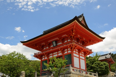 dera: Kiyomizu Dera Entrance Gate