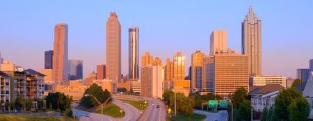 Vista de rascacielos en el centro de Atlanta, Georgia, Estados Unidos.