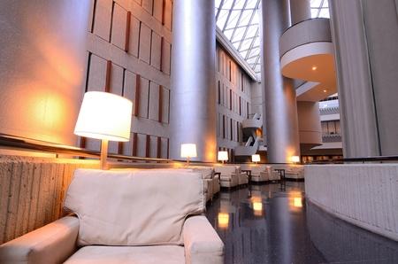 Zitplaatsen in een hotel lobby