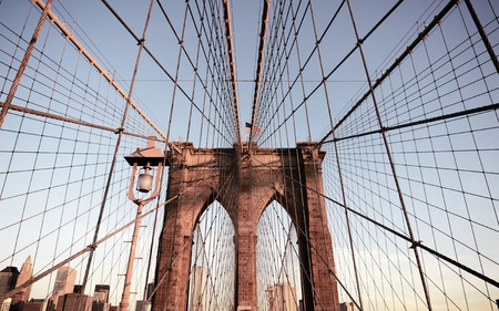 Puente de Brooklyn torre en Nueva York photo