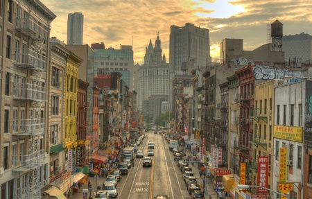 NEW YORK CITY - AUGUST 26: Chinatown in Manhattan August 26, 2011 in New York, NY. The New York City Metropolitan Area contains the largest ethnic Chinese population outside of Asia. Stock Photo - 11817689