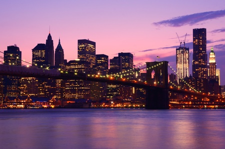 skyline city: Lower Manhattan skyscrapers and the Brooklyn Bridge