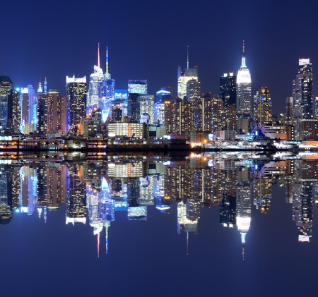View of the spectacular Manhattan Skyline Stock Photo - 12200924