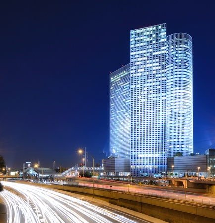 tel: Skyline of Ayalon Highway passing through Tel Aviv, Israel.
