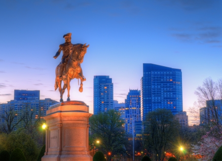 boston skyline: George Washington Equestrian Statue at Public Garden in Boston, Massachusetts.