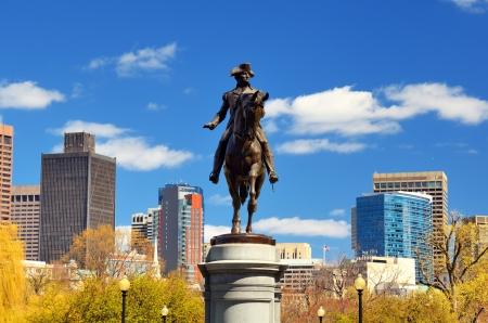 george washington statue: George Washington Statue at Boston Public Garden in Boston, Massachuetts  Editorial