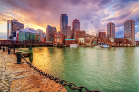 ports: Skyline of downtown Boston, Massachusetts, USA