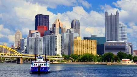 Skyscrapers in downtown at the waterfront of PIttsburgh, Pennsylvania, USA Stock Photo - 14842437
