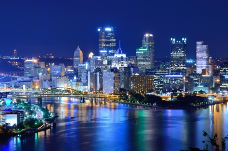 Skyscrapers in downtown PIttsburgh, Pennsylvania, USA. 스톡 콘텐츠