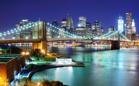 new york: View of Downtown New York City and Brooklyn Bridge