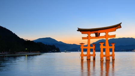 honshu: The Itsukushima  Floating  Torii Gate off the coast of the island of Miyajima, Japan