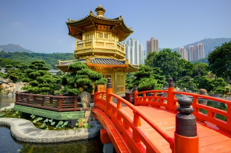 Golden Pavilion of Chi Lin Nunnery in Hong Kong, S.A.R. Stock Photo - 20159552