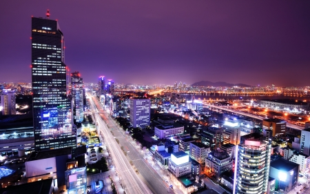 skylines: Seoul, South Korea skyline at the Gangnam District.