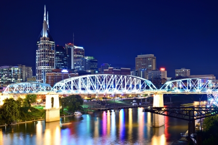 tennesse: Skyline de la ciudad de Nashville, Tennessee, EE.UU.. Foto de archivo