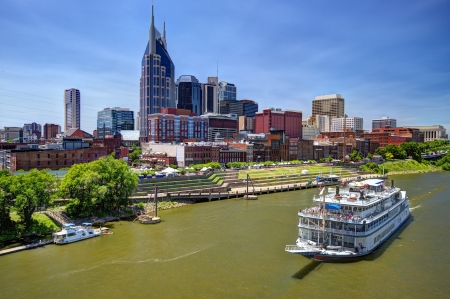 Skyline of downtown Nashville, Tennessee, USA. Фото со стока
