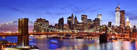 Lower Manhattan skyline in New York City. 스톡 콘텐츠