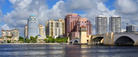florida beach: Skyline of West Palm Beach, Florida, USA.