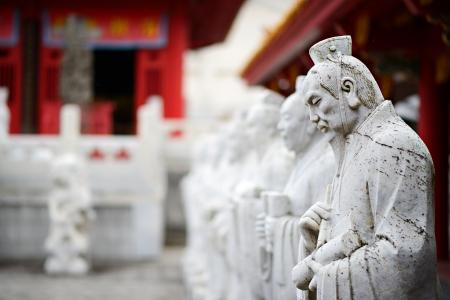 Sculptures at Confucius Shrine in Nagasaki, Japan Imagens