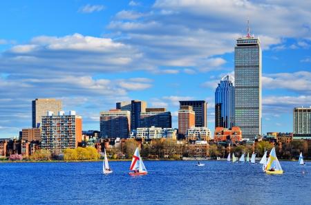 ボストンのバック湾地区にマサチューセッツ州スカイライン。