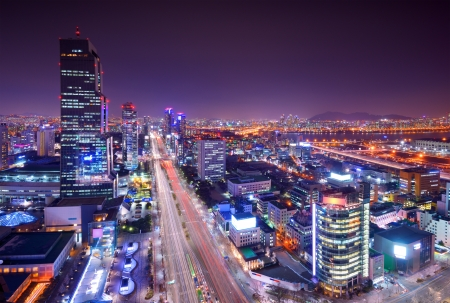 Gangnam District, Seoul, South Korea skyline at night. Imagens