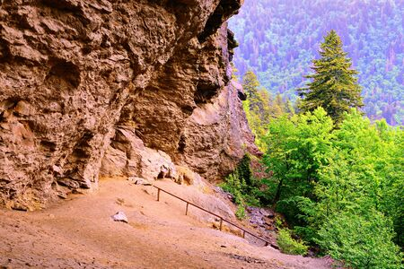 appalachian mountains: Alum Cave in the Great Smoky Mountains National Forest.