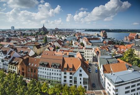 Rostock, Deutschland Skyline der Stadt. Standard-Bild - 23017989