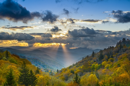 newfound gap: Autumn sunrise in the Smoky Mountains National Park. Stock Photo