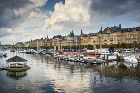 ストックホルム、スウェーデンの川のシーン 写真素材