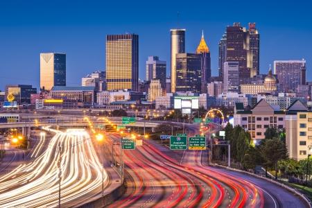 Verkehr in Atlanta, Georgia, USA. Lizenzfreie Bilder