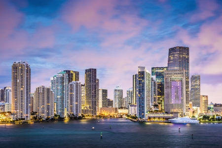 miami sunset: Skyline of Miami, Florida, USA at Brickell Key and Miami River.