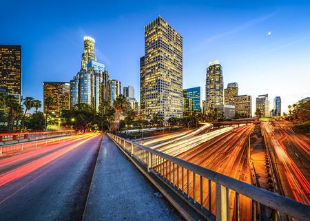 로스 앤젤레스, 캘리포니아, 미국 밤 시내의 스카이 라인.