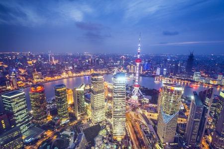 상하이, 푸동 금융 지구 중국의 공중보기.