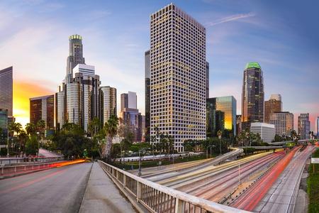 Los Ángeles, California, EE.UU. paisaje urbano de la ciudad. Foto de archivo - 34580084