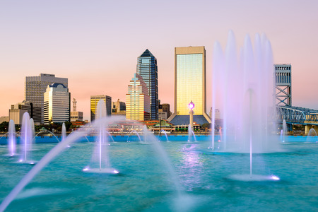 Jacksonville, Florida, USA cityscape at the fountain.