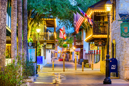 fl: ST. AUGUSTINE, FLORIDA - JANUARY 5, 2015: Shops and inns line St. George. Once the main street, it is still considered the heart of the city. Editorial
